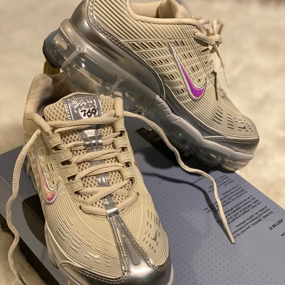 Nike Shoes   Nike Vapormax 36 Womens